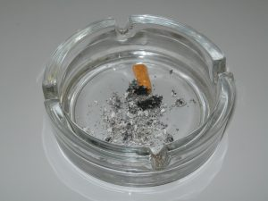 image of ashtray for how to stop smoking